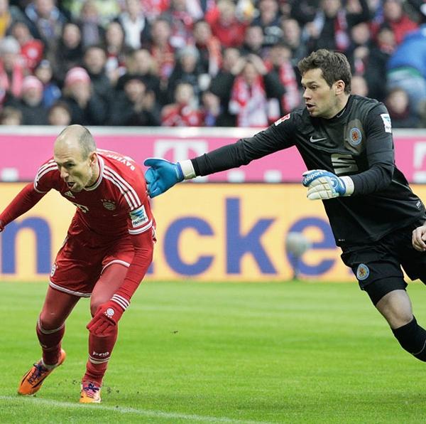 Robben-Davari