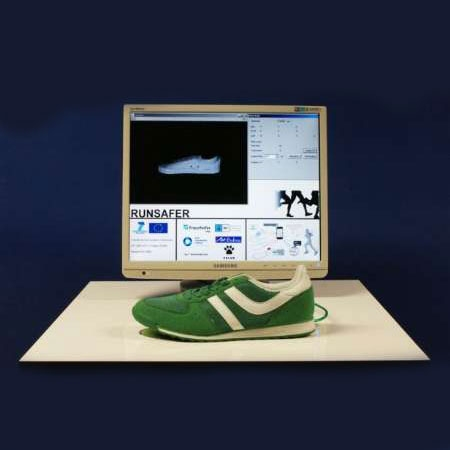 نخستین کفش هوشمند هم ساخته شد