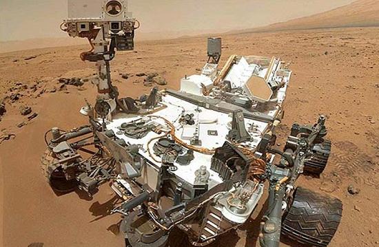 کنجکاوی یک جسم فلزی اسرارآمیز در مریخ پیدا کرد