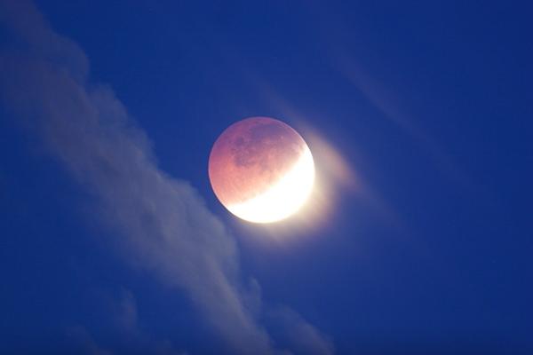 آشنایی با ماه گرفتگی (خسوف)