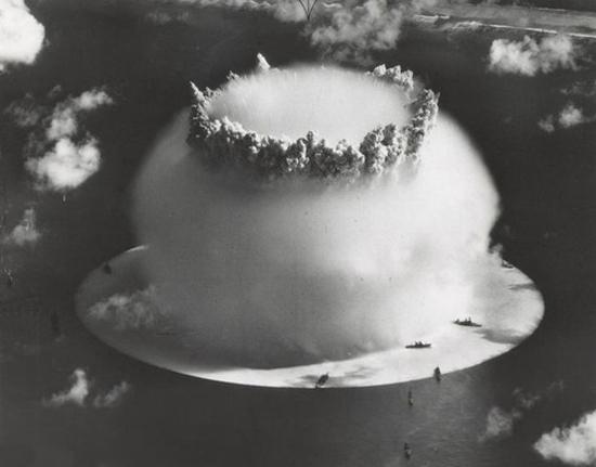 آشنایی با نخستین آزمایش اتمی زیر آبی جهان