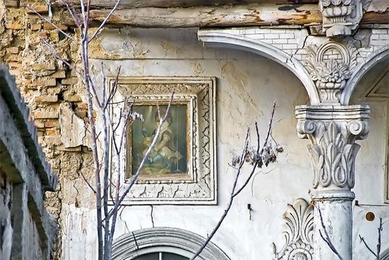 نمایی از خانه تاریخی پیرنیا در خیابان لالهزار تهران