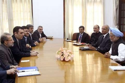 دیدار جداگانه لاریجانی با نخست وزیر و رئیس جمهور هند
