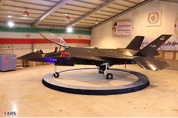 """با """"قاهر 313""""جنگنده ساخت ایران آشنا شوید+تصاویر"""