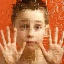 مهارتهای ارتباطی کودکان اوتیستیک با بازی عروسکی بهبود مییابد