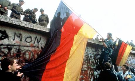 آشنایی با دیوار برلین