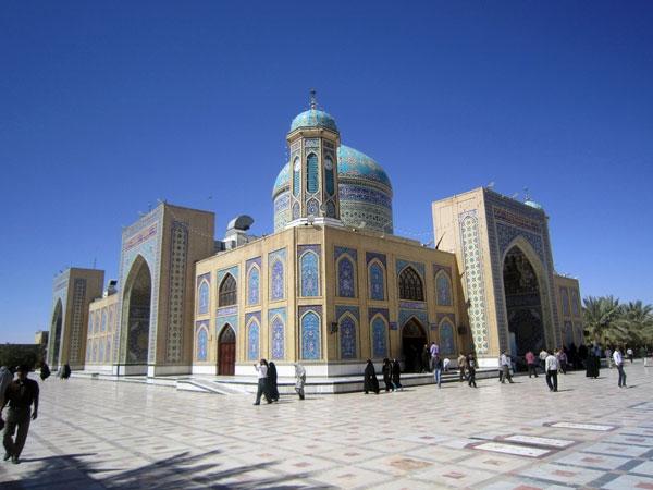 تصاویری از بارگاه حضرت حسین بن موسی الکاظم (ع) در شهر طبس