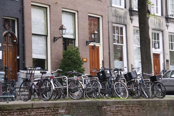 هلند؛ هفده میلیون جمعیت؛ هجده میلیون دوچرخه