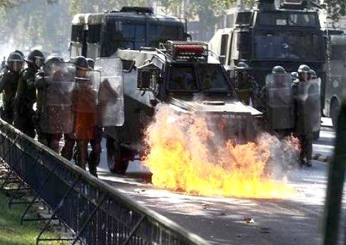 بازداشت حدود 200 دانشجو در شیلی