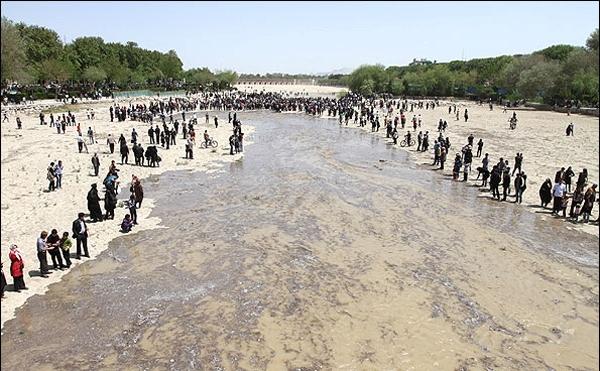 تصاویر جاری شدن آب در زاینده رود