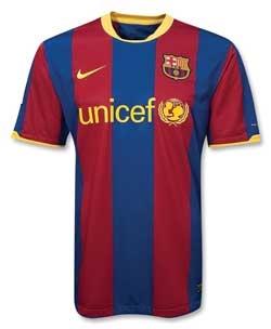 پیراهن تیم بارسلون به آتش کشیده شد