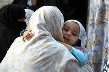 نقش مادر در معرفی جهان به کودک؛ طفل سبک زندگی را بیشتر ازمادر میگیرد