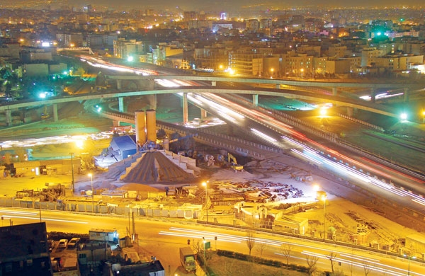 شاهراه غرب تهران هشت ماه زودتر از موعد آماده میشود