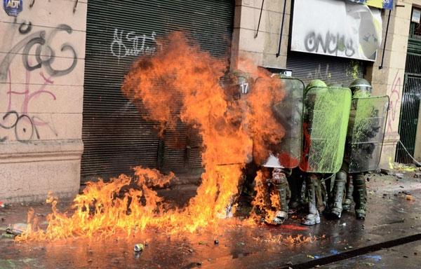شیلی؛ خشونت در خیابانهای سانتیاگو