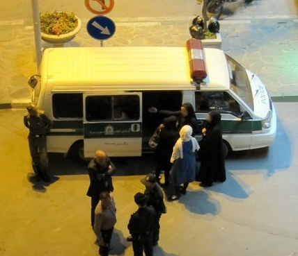 بازنگری دستورالعمل طرح امنیت اخلاقی؛ برخورد سلبی آخرین درمان بدحجابی