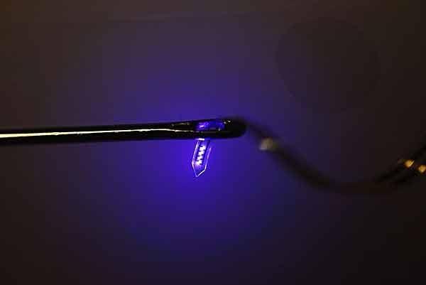 LED به کوچکی یک سلول