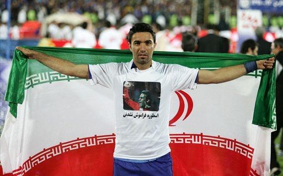 جواد نکونام در جشن قهرمانی استقلال