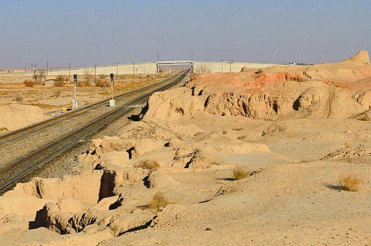 جراحی پیشرفته و نظام زن سالاری شاخصههای تپه باستانی حصار دامغان