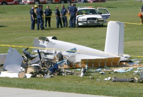 سقوط یک هواپیمای سبک