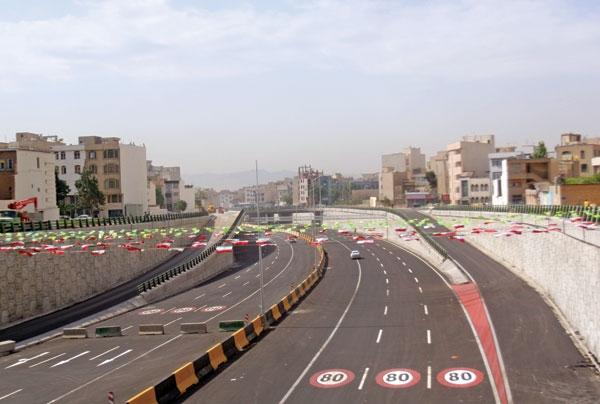 قدردانی از دستاندرکاران ساخت پروژه بزرگراه امام علی