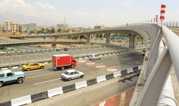 تردد در شاهراه ورودی غرب پایتخت آسان شد
