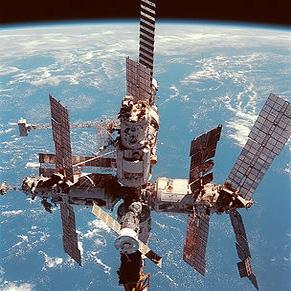 فضاپیمای باری روسیه، ایستگاه فضایی را ترک کرد