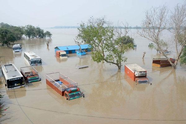essay on tsunami in india