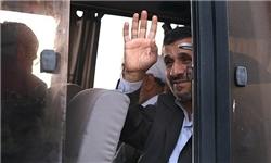 احمدینژاد وارد جزیره نفتی لاوان شد