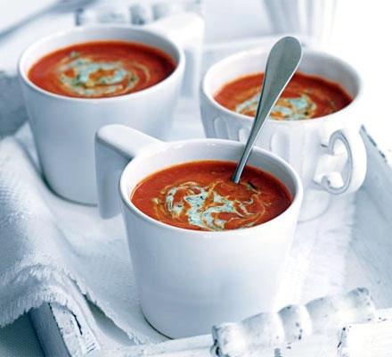 آشنایی با روش تهیه سوپ تمرهندی و گوجهفرنگی