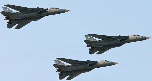 آشنایی با هواپیمای شکاری رهگیر اف-14 (TOMCAT)