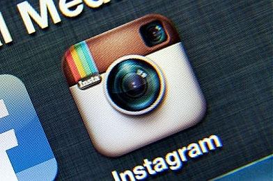چگونه اینستاگرام  پشت فیسبوک پنهان شده و میلیاردها دلار پول پارو میکند؟