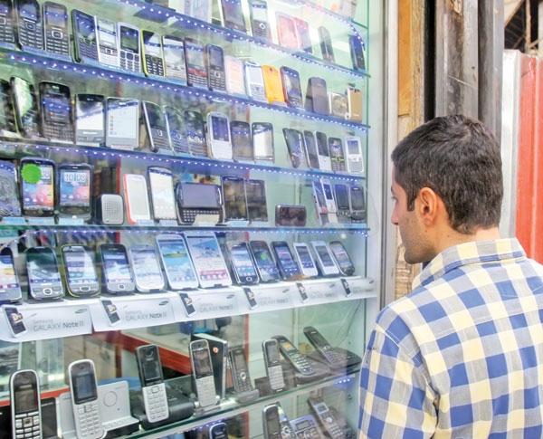 کاهش قیمت گوشیتلفن همراه و رایانه، رکود بازار لوازم خانگی