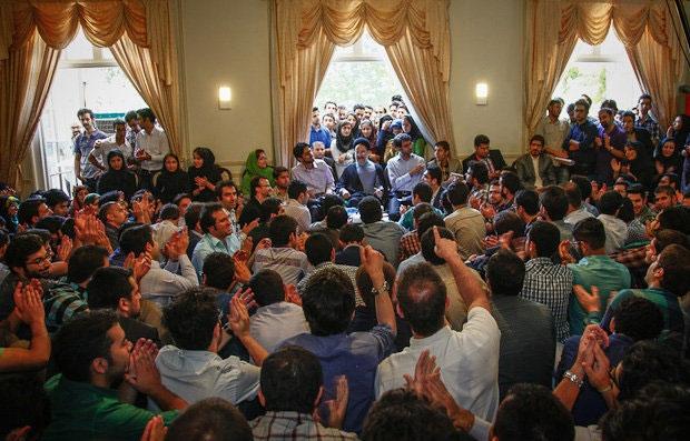 تصویر / دیدار جمعی از دانشجویان کشور با سید محمد خاتمی