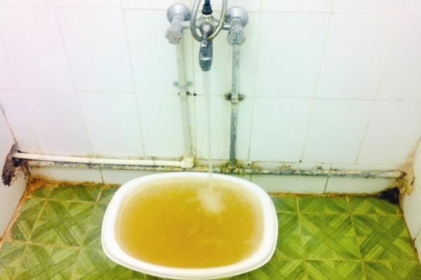 خوزستانیها آب بشکهای میخرند
