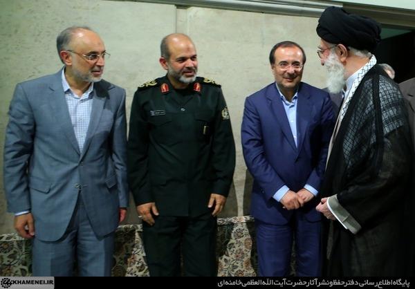 گزارش تصویری دیدار مسئولان و کارگزاران نظام با رهبر انقلاب اسلامی