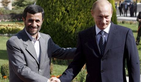 گفتوگوی احمدینژاد و پوتین درباره اس300 در مسکو