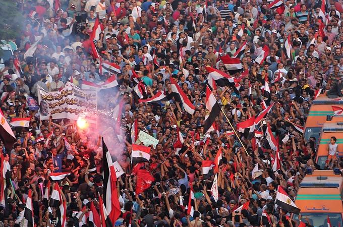 14کشته و 900 زخمی در درگیری های مصر