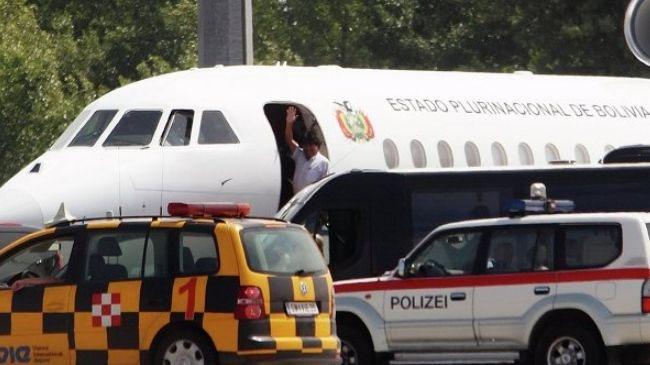 پاریس برای ممانعت از ورود پرواز مورالس به حریم هوایی فرانسه عذرخواهی کرد