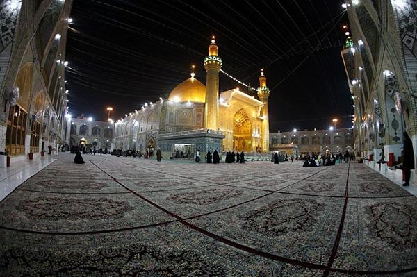 عکس: صحن حرم حضرت علی (ع)