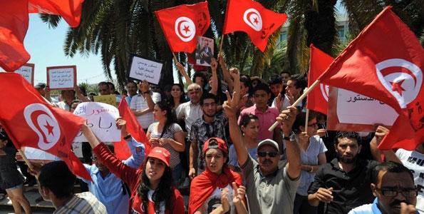 3 ماه وضعیت فوقالعاده در تونس