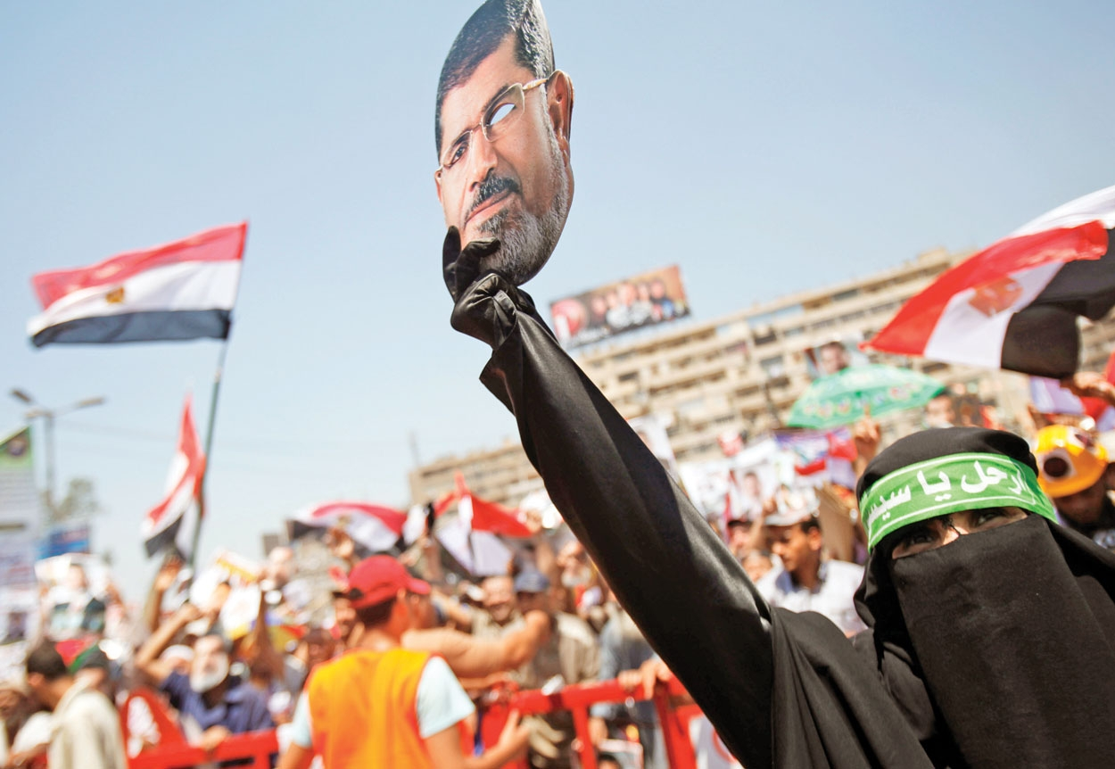 تظاهرات در مصر، نافرمانی در تونس