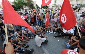 رویارویی خیابانی حامیان و مخالفان دولت تونس
