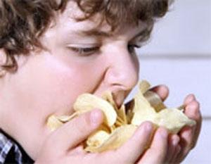 میل شدید به غذاهای تند، شور و شیرین از کجا میآید؟