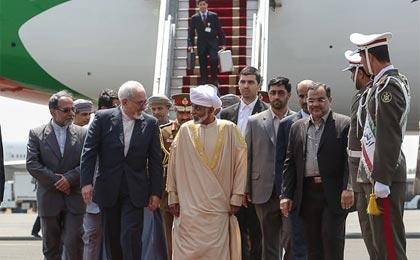پادشاه عمان وارد تهران شد