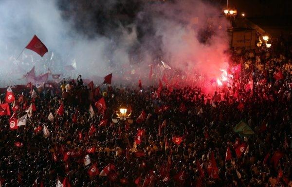 تظاهرات صدها هزار نفری در تونس