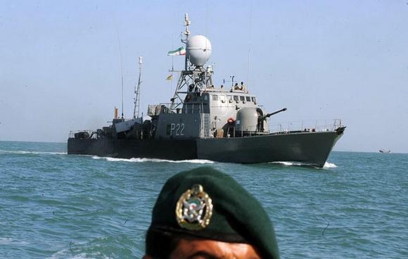 نشست صمیمی پیشکسوتان نیروی دریایی ارتش با اصحاب رسانه