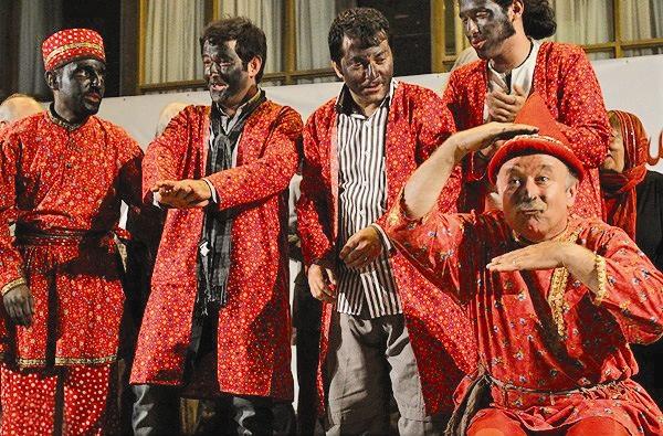 پایان خوش شانزدهمین جشنواره تئاتر آیینی سنتی