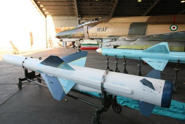 """سامانههای جدید موشکی """"قادر و نصر"""" هواپایه رونمایی شدند"""