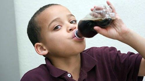 مصرف نوشابه و بروز اختلالات رفتاری در کودکان