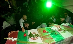 وداع مردم تهران با ۹۲ شهید دفاع مقدس